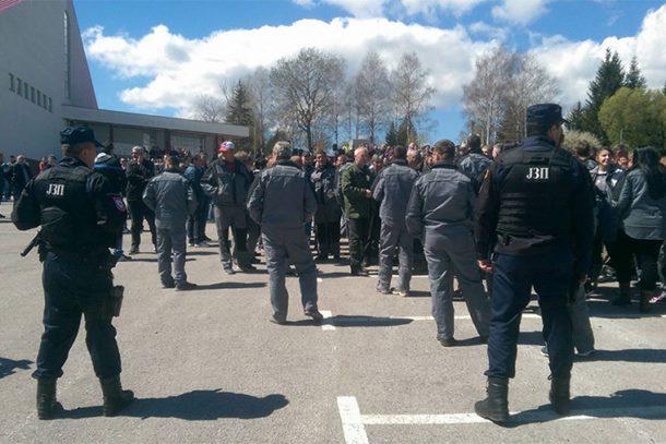 Photo of Nezadovoljni drvoprerađivači blokirali saobraćaj na Podromaniji