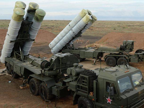"""Photo of Erdogan """"odjavio"""" NATO, od Putina uzima S-400?"""