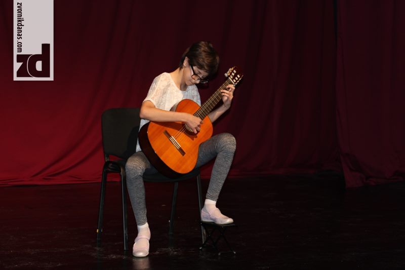 Photo of Festival gitare doveo takmičare u Zvornik