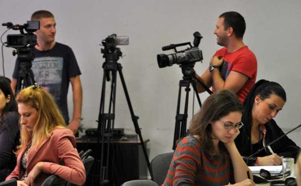 Photo of Položaj novinara sve teži