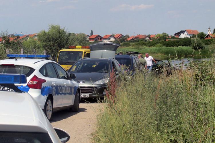 Photo of Identifikovani stradali u slijetanju auta kod Bijeljine