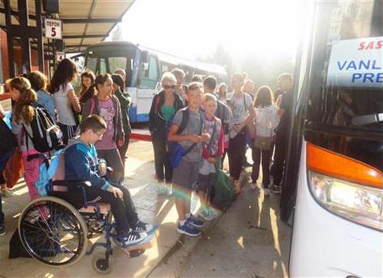 Mališani otputovali na ljetovanje u Bečiće