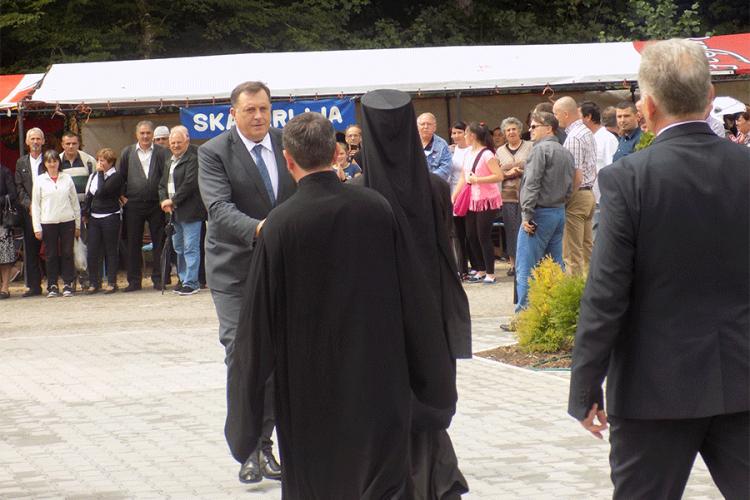 Photo of Dodik: Manastir Osovica dokaz postojanja srpskog naroda na ovim prostorima