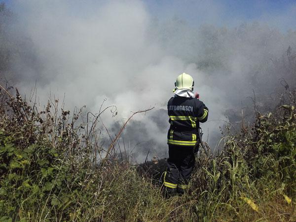I dalje traje borba sa požarima
