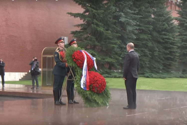 Photo of Putin: Nismo od šećera, nećemo se istopiti (video)