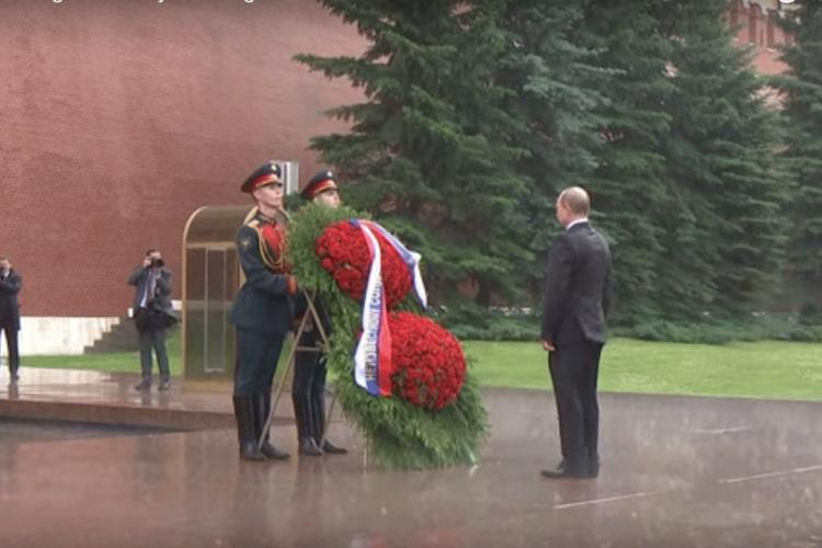 Putin: Nismo od šećera, nećemo se istopiti (video)