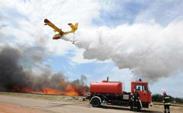 Hrvatska: Kritikuju vatrogasce jer brane Srbe
