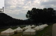 Omladinski kamp podignut na gradskoj plaži u Zvorniku