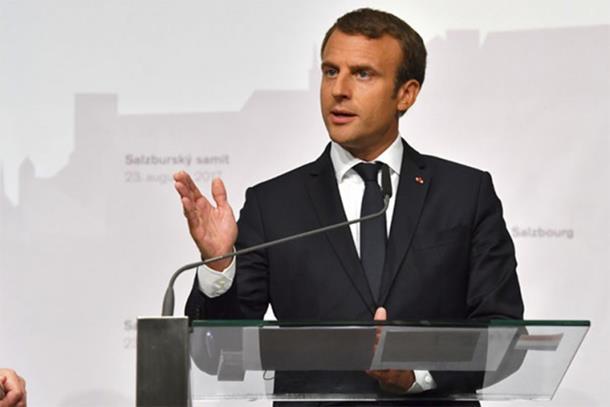 Makron: Evropa je pred raspadom