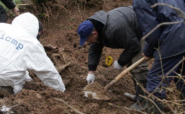Photo of Beograd traži više od 4.000 nestalih na Kosmetu, u BiH i Hrvatskoj