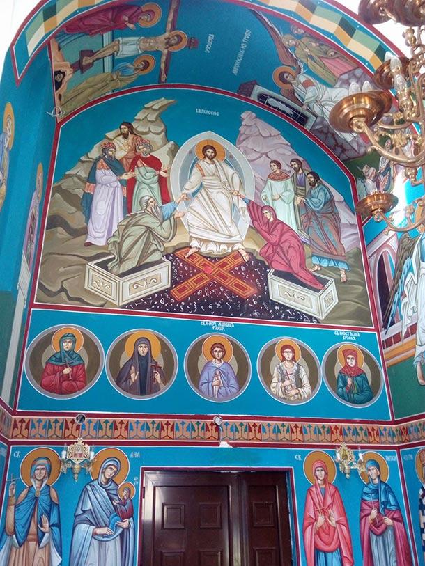 Crkva Sv. Arhangela Mihaila,Kamendol koju je oslikao Slavko Perić