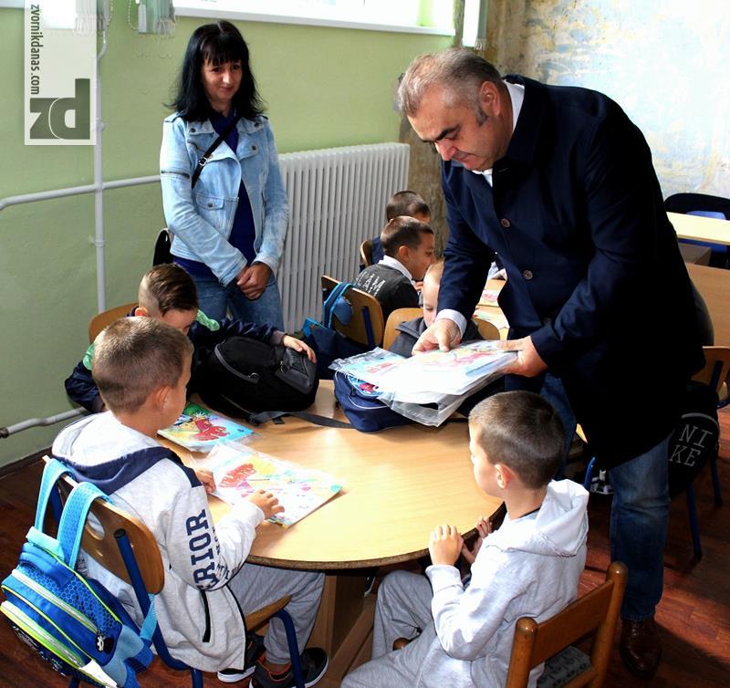 Photo of Prvi dan škole sa gradonačelnikom