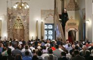 Muslimani proslavljaju Kurban-bajram, širom BiH klanjan bajram-namaz