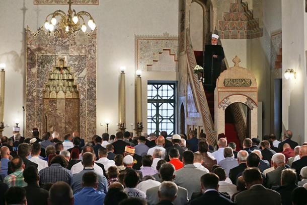 Photo of Muslimani proslavljaju Kurban-bajram, širom BiH klanjan bajram-namaz