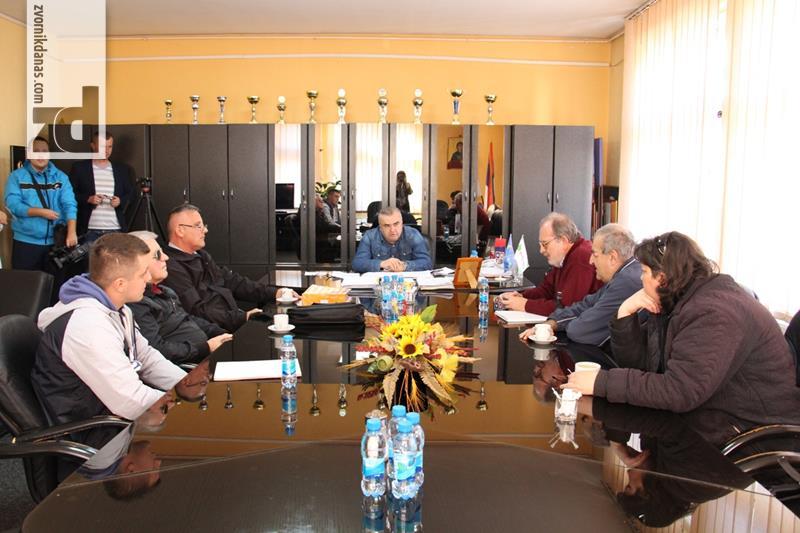Photo of Gradonačelnik primio predstavnike organizacija slijepih lica