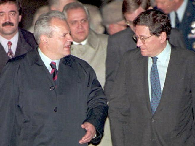 Photo of Srbija ostala bez ključnog dokaza o garancijama SAD u vezi sa Kosmetom