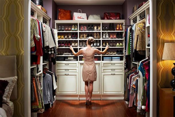 Žena provede 119 dana života razmišljajući šta će obući na posao