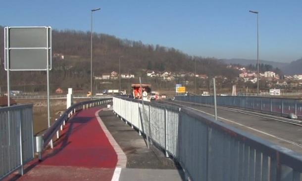 """Photo of Most """"Bratoljub"""" je završen, građanima kazna od 300 KM za prelazak"""