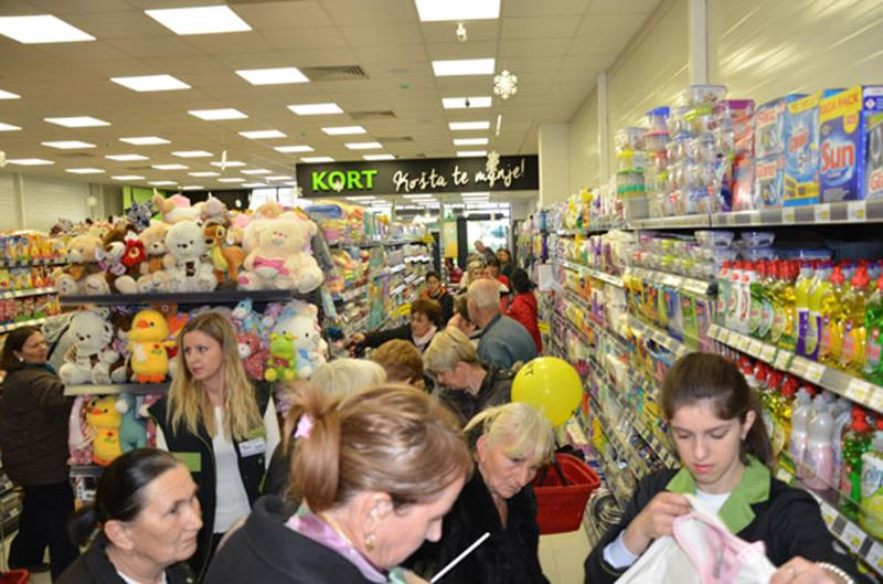 Photo of Otvoren novi Super Kort market u Kozluku