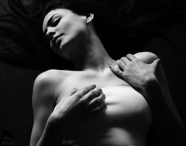 Oblik grudi otkriva seksualni karakter žene – dinja ili limun?