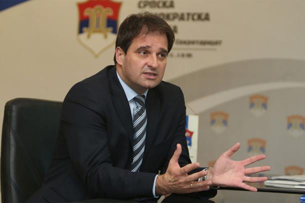 Govedarica bi u fotelju predsjednika Srpske