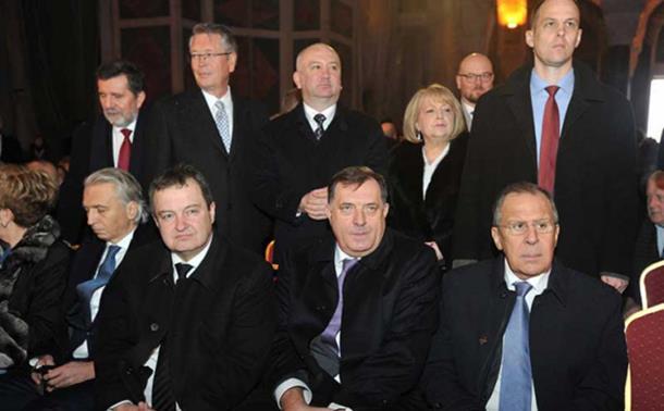 Photo of Sputnjik: Hoće li Srbi u Briselu povući istorijski potez koji bi mogao da promijeni sve