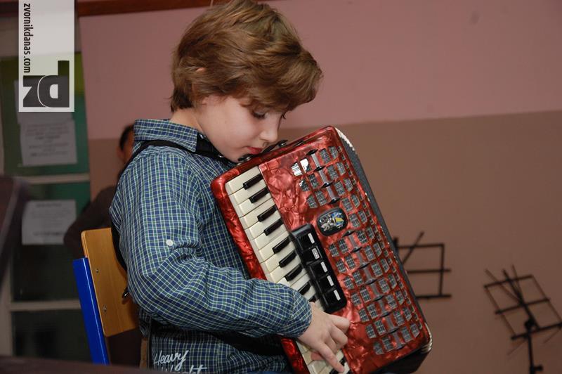 Photo of Dvije prve nagrade za učenike zvorničke Muzičke škole