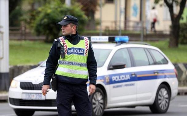 Razbijen lanac krijumčarenja migranata iz BiH u Hrvatsku