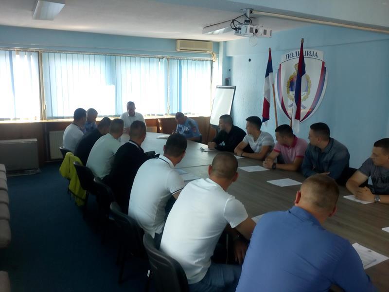 Photo of Abazović upriličio prijem za pripravnike u Policijskoj upravi