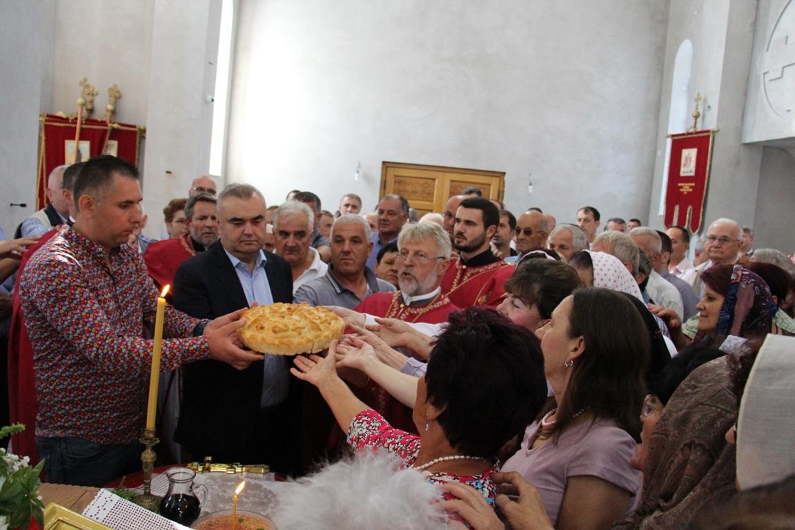 Photo of Saborni hram proslavio krsnu slavu Malu Gospojinu (foto)
