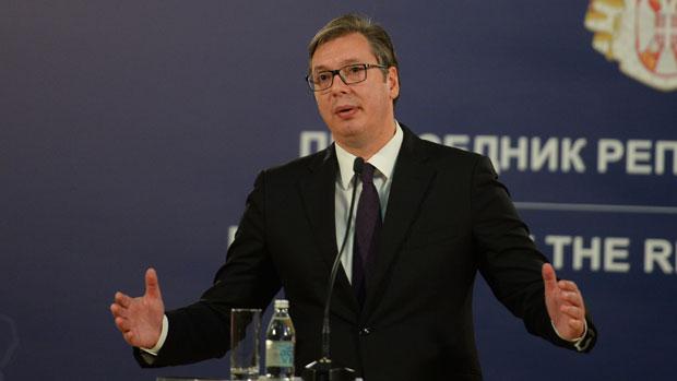 Photo of Vučić: Jeste li čuli da predsjednik ide na kafu s dugim cijevima? Skupa ta kafa!