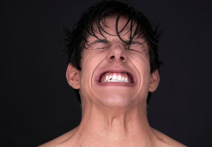 Photo of Iscjelitelj ga je natjerao da se ispovraća, a onda se zaledio kad je vidio šta mu je sve bilo u stomaku
