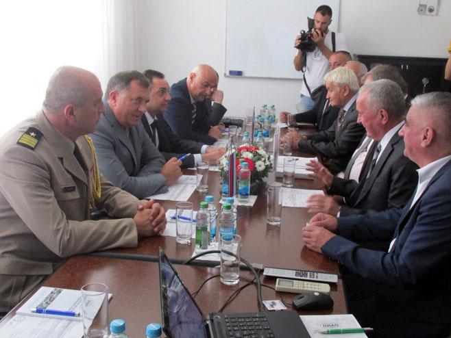 """Photo of Dodik i Vulin u posjeti """"Orlu"""""""