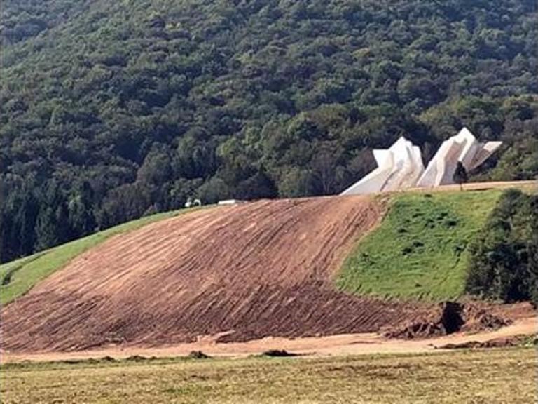 Photo of Dolini Heroja vraćen nekadašnji izgled – sanirano veliko klizište
