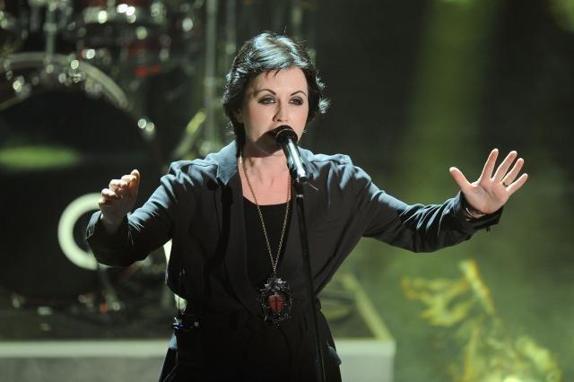 Photo of Nakon smrti pevačice razilazi se irski rok bend