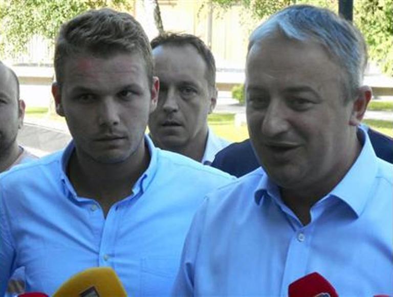 """Photo of Stanivuković: Došao sam da bi postavio """"svoj kamen temeljac"""" (video)"""