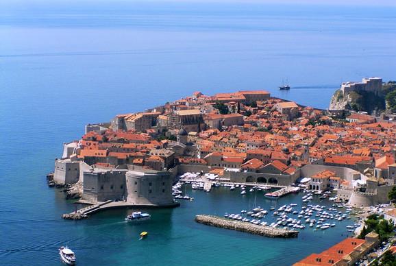 Photo of Čuveni tursitički portal napravio listu od pet popularnih mjesta za izbjegavanje