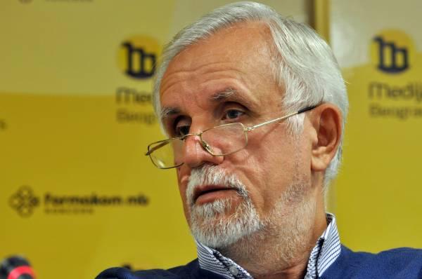 Photo of Dušanić: Sankcije bez objavljivanja kredibilnih podataka