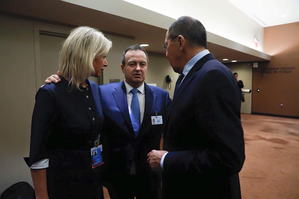 Zaharova objavila foto sa Dačićem i Lavrovim