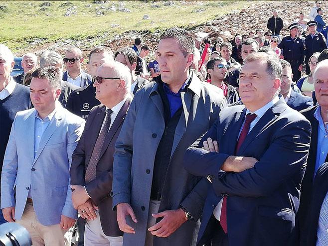 Dodik prisustvovao puštanju u rad vještačkog jezera na Ogorjelici