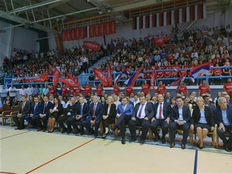 Dodik: U Hercegovinu uloženo više novca nego što je naplaćeno poreza