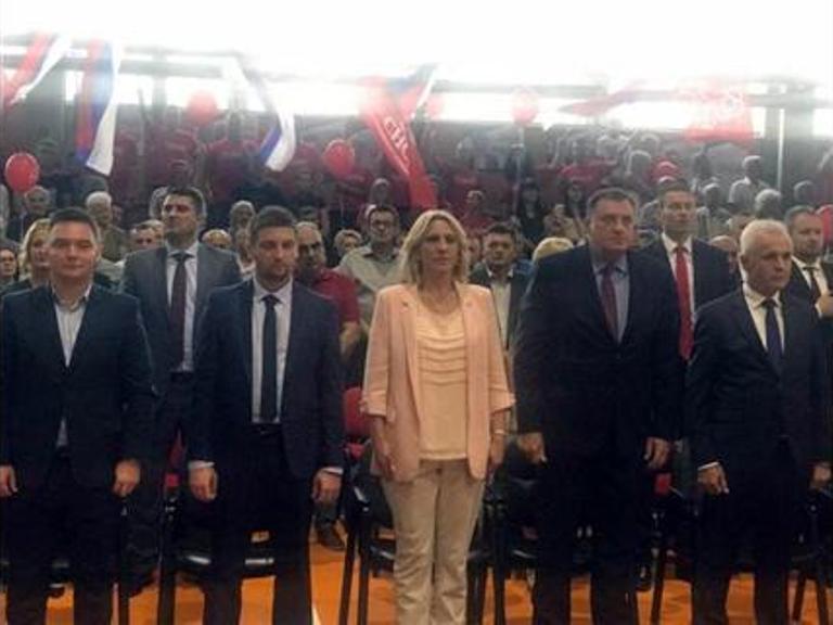Dodik: Moramo da brinemo o Republici Srpskoj i da gledamo prema Srbiji i Rusiji