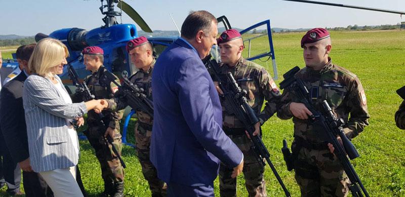 Photo of Predstavljen novi helikopter, biće nabavljeno još letjelica (foto)
