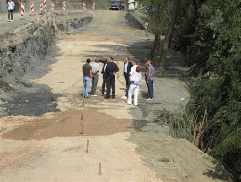Sanacija 14 klizišta na putu Drinjača - Bratunac - Skelani