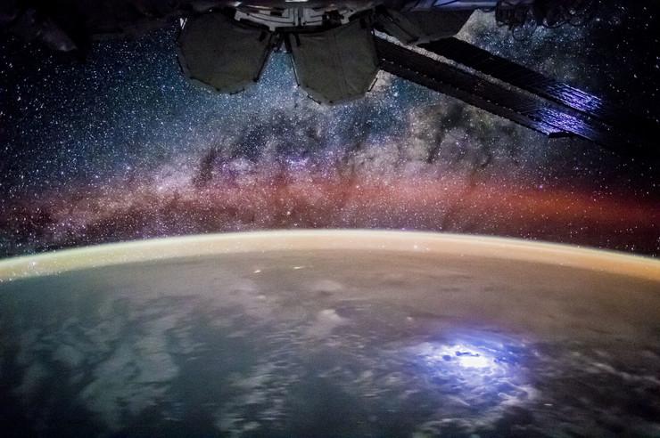 Photo of Iznad Zemlje leti više od 2.000 satelita