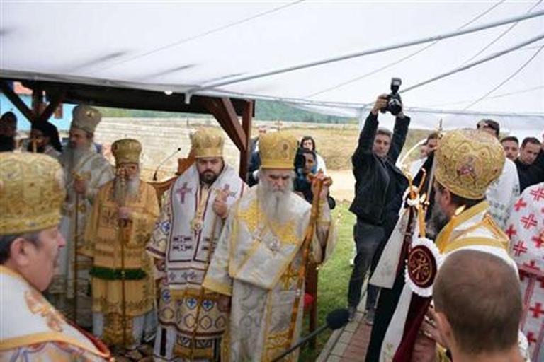 Photo of Proslavljeno 1.000 godina od osnivanja Ohridske arhiepiskopije