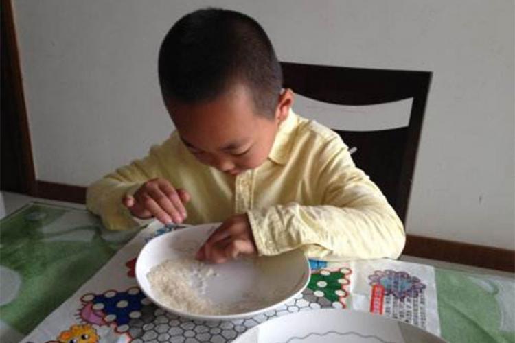Photo of Đaci za domaći zadatak dobili da prebroje 100 miliona zrna riže