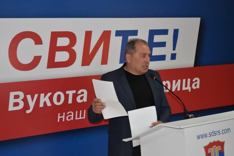"""Photo of Mektić tvrdi da je ministar Lukač """"ratovao u vojno-policijskim formacijama tzv. RBiH"""""""