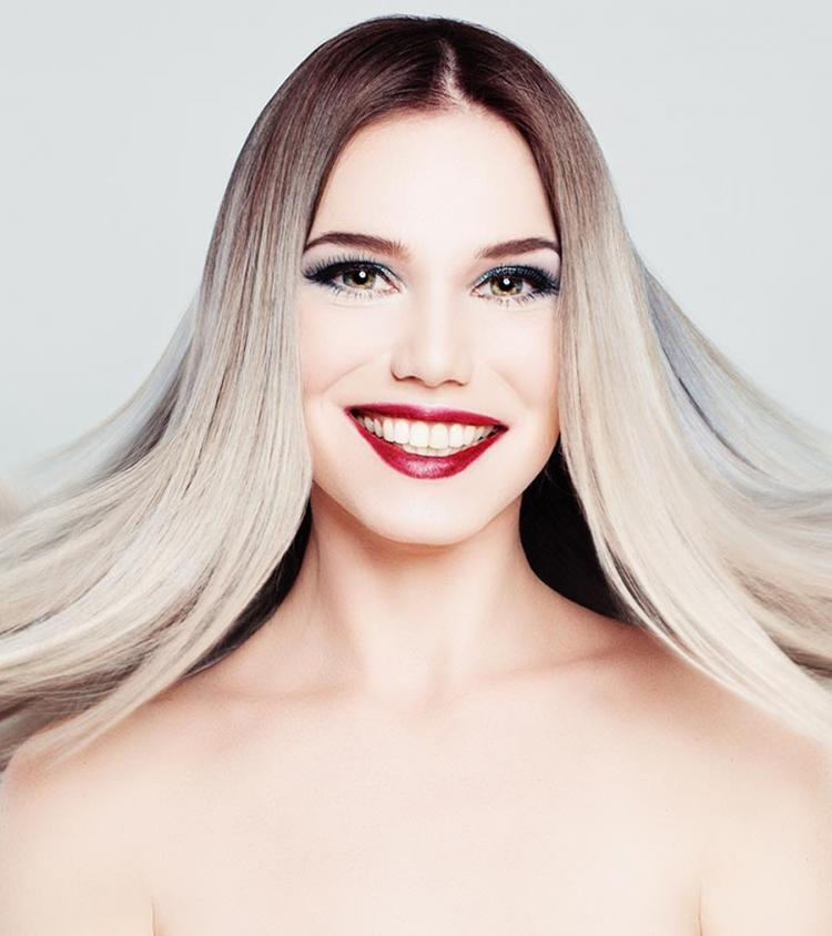 Photo of Osvježite kosu pramenovima u boji šampanjca (foto)