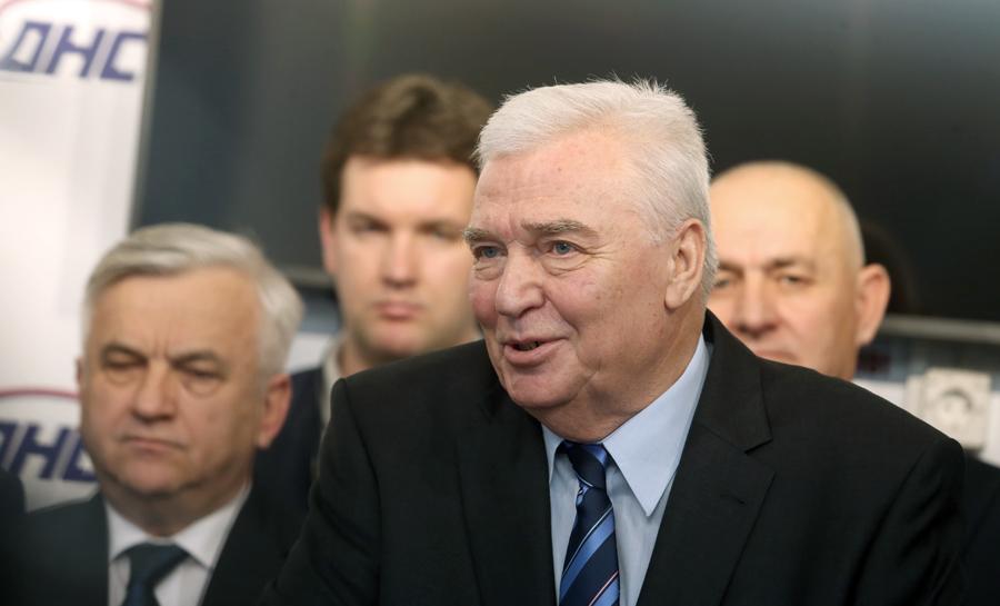 Photo of Pavić: Nisam ni vidio ni čuo Dodikovu izjavu, vraćam se iz inostranstva